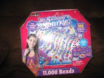 3 D Fun fashionJewerly Beads for girls 1 left in Fort Bragg, North Carolina